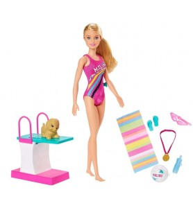 Barbie Nuotatrice GHK23